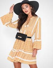 Only onlATHENA 3/4 Dress Wvn