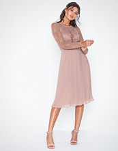 NLY Eve Something About Her Midi Dress Dusty Rose