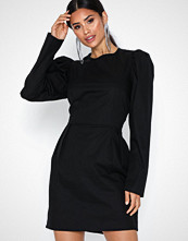 NLY Trend Sculptured Puff Dress
