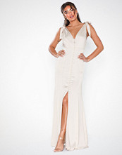 NLY Eve Buttoning Slip Gown