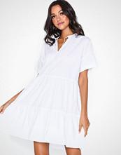 Pieces Pcmarry Ss Dress D2D Hvit