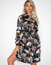 Sisters Point Vaia Dress