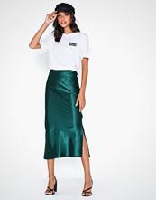 Ax Paris Satin Skirt