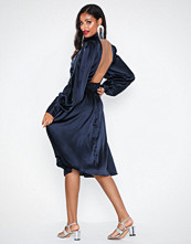 NLY Eve Drapy Waist Dress