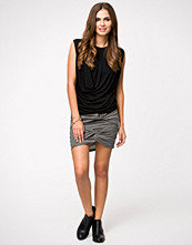 NLY Trend Front Draped Skirt