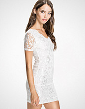 Club L Scalloped Lace Midi Dress
