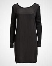 Dranella Ocupro 2 Dress