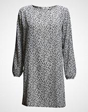 Stig P Eden Simple Long Sleeve Dress