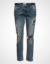Mango Star Relaxed Crop Jeans