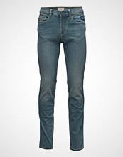 Mango Man Slim-Fit Medium Wash Tim Jeans