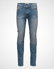Mango Man Slim-Fit Light Wash Jan Jeans