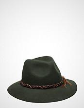 UNMADE Copenhagen Felt Hat W. Feathers