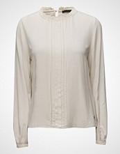 Coster Copenhagen Shirt W. Neck Ruffel