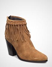 Stylesnob Falon Boot
