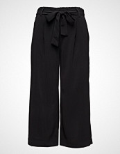 Saint Tropez Flared Cropped Pants
