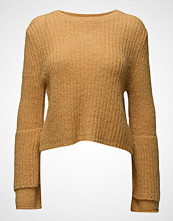 by Ti Mo Soft Cropped Jumper