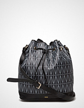 Dagmar Bucket Bag