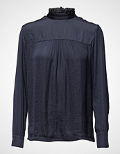 Second Female Brynja Blouse