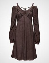 Cream Fie Dress