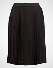 Gant O3. Pleated Skirt