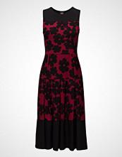 Nanso Ladies Dress, LöYtö