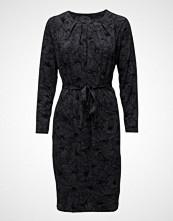 Nanso Ladies Dress, Pieni Daalia