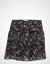 Second Female Fair Skirt