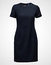 Gant O1. Pin Stripe Dress