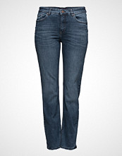 Violeta by Mango Straight-Fit Theresa Jeans