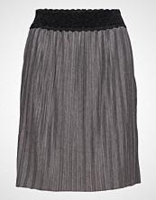 Cream Bali Skirt