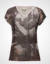 Cream Darlana T-Shirt