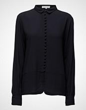 Second Female Galiva Shirt