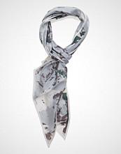 UNMADE Copenhagen Marble Bow Tie