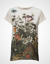 Maison Scotch Woven And Jersey Mixed Tee With Special Photoprint At Front