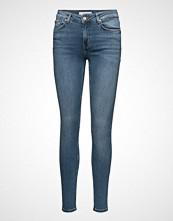 Mango Super Slim-Fit Andrea Jeans