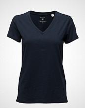 Gant Organic Cotton V-Neck T-Shirt