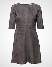 Edc by Esprit Dresses Woven