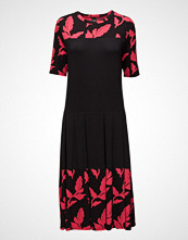 Nanso Ladies Dress, Syys
