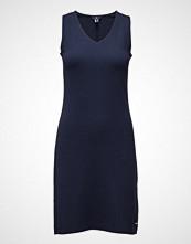 Gant O2.  V-Neck Jersey Dress
