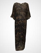 Rabens Saloner Ripple Long Dress