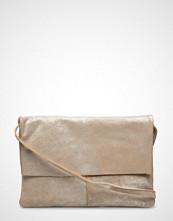 Mango Flap Leather Bag