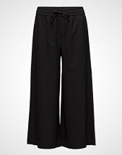 Filippa K Adie Wide Cropped Pants
