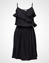 Saint Tropez Dress W. Flounce