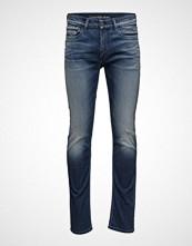 Calvin Klein Slim Straight - Mila