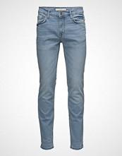 Mango Man Slim-Fit Light Wash Tim Jeans