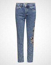 Mango Embroidered Relaxed Spring Jeans