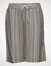 Cream Fina Skirt