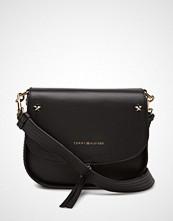 Tommy Hilfiger City Leather Saddle Bag