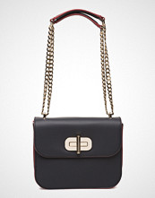 Tommy Hilfiger Turn Lock Crossover Corp