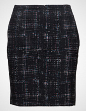 Gant G1. City Lights Check Skirt